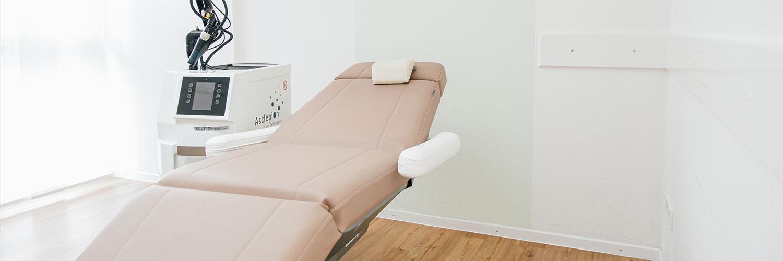 Hautärzte Braunschweig - Praxis - Behandlungsstuhl