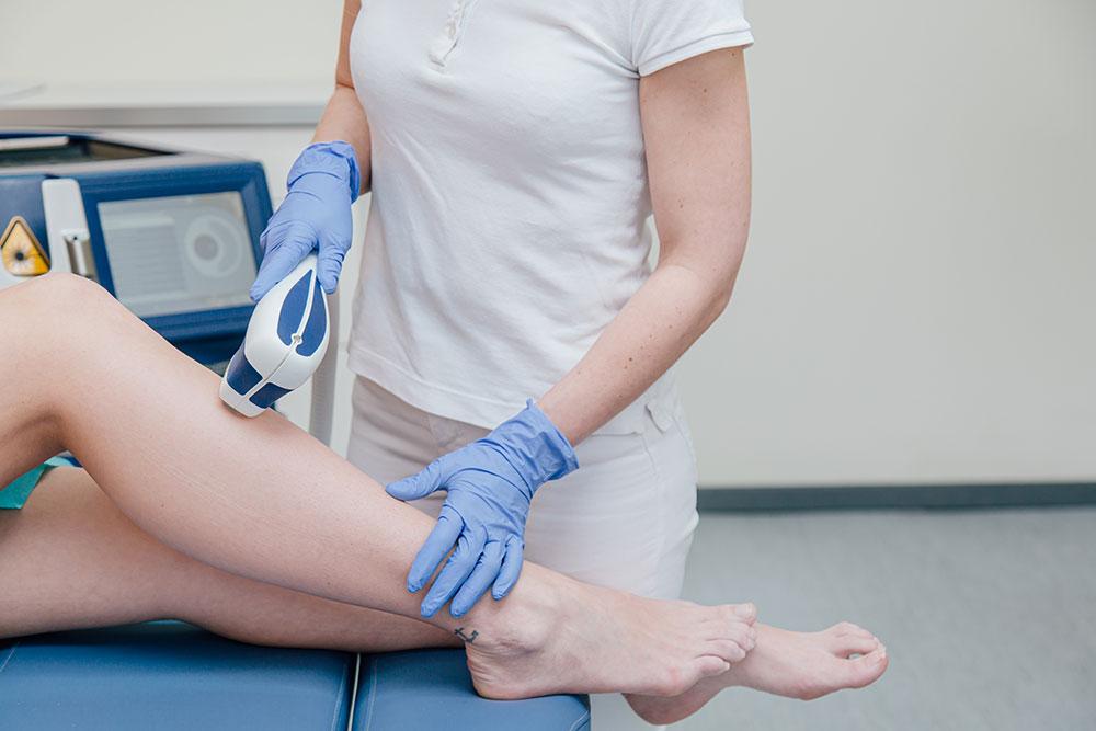 Kosmetische Lasertherapie Braunschweig - Haarentfernung an den Beinen